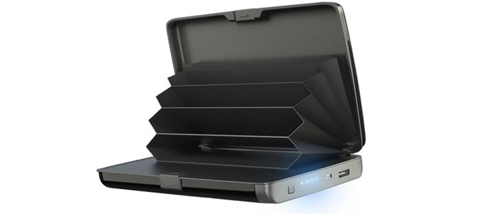 E-Charge Wallet: kompakt pénztárca, amely egyidejűleg feltölti a telefont, függetlenül attól, hogy ön hol tartózkodik